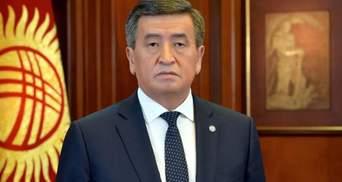Президент Кыргызстана подписал указ об отставке правительства и премьер-министра