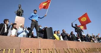 В Бишкеке ввели комендантский час