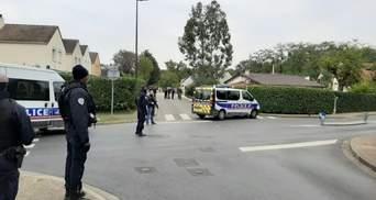 Чеченець, що обезголовив вчителя у Франції, мав статус біженця