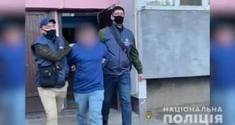 Виготовляв та розповсюджував дитячу порнографію: Нацполіція затримала жителя Дніпропетровщини