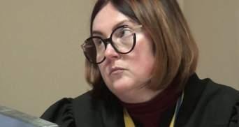 Хотіли звільнити за зв'язки з окупантами: рішення по книзі про Стуса приймала скандальна суддя