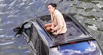 Новітня Русалонька: У Харкові джип упав до річки – його водійка стала мемом