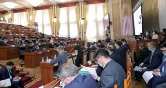 Нові парламентські вибори в Киргизстані не відбудуться в 2020 році: причина