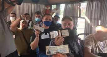 Ветераны АТО оригинально наказали водителя маршрутки из-за отказа в льготном проезде: видео