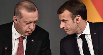 """Эрдоган вновь заявил, что Макрону """"надо проверить психическое здоровье"""""""