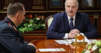 Лукашенко збирає народні дружини для захисту Білорусі: їх членів він хоче озброїти