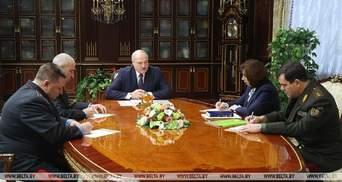 """Лукашенко підготував Мінську """"хороший кулак"""" і змінив главу МВС: відео"""