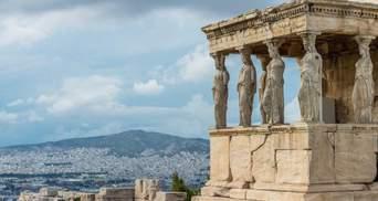 Греція вводить комендантську годину і закриває бари та ресторани в Аттиці