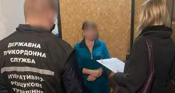 """Видавала та рахувала бюлетені: у Маріуполі затримали організаторку """"референдуму"""" окупантів"""