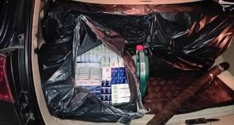 Іноземний дипломат намагався вивезти з України величезну партію сигарет: фото