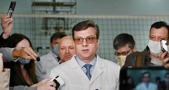 Главный врач омской больницы, лечивший Навального, получил повышение