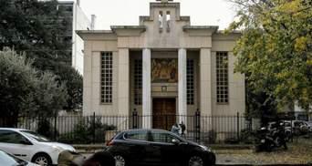 Чоловік напав на священника у Франції: поліція затримала підозрюваного та його дружину