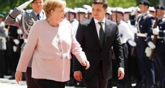 Зеленський обговорив з Меркель нормандську зустріч та вакцину проти COVID-19