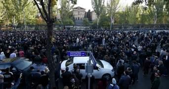 У Вірменії затримали 10 опозиційних лідерів: у чому їх звинувачують – відео