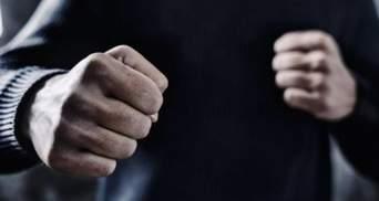 """""""Слуга"""" против """"Голоса"""": в Краматорске члены ТИК устроили драку – видео"""