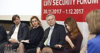 Захід та НАТО повинні негайно змінити стратегію для жорсткішої протидії Росії, – експерти ЛБФ
