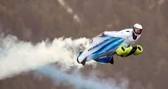 ВMW представила перший у світі електричний літальний костюм: потужне відео