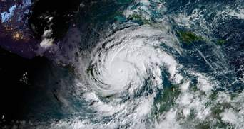 Надпотужний ураган Йота суне на Центральну Америку: можливі повені та зсуви – фото