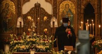 Наближаємося до Різдва: у храмах можуть ввести обмеження на кількість людей