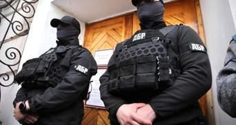 Понад 2 мільйони збитків: ДБР завершило розслідування справи про протигази для Нацгвардії