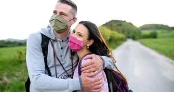 Секс, молитва и поход за грибами: как украинцы повышают иммунитет на фоне COVID-19