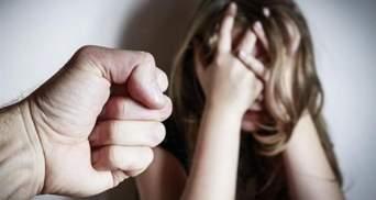 Изнасилование 15-летней в Харькове: полиция задержала соседа девушки – фото