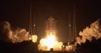 Китай успешно запустил ракету-носитель на Луну: увлекательное видео