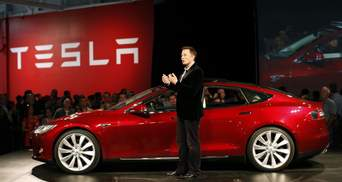 Стоимость Tesla близка к 500 млрд долларов, а Илон Маск догоняет Безоса в списке миллиардеров