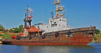 Delfi-2: под Черноморском идет на дно спасательное судно, произошла утечка топлива
