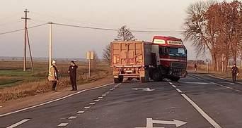 На Ровненщине в ужасном ДТП погибла женщина с ребенком: 2 детей увезли в реанимацию