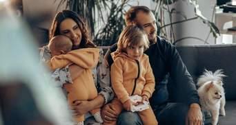 Джамала с семьей отправилась в Египет: первые фото и неожиданная встреча с Ниной Матвиенко