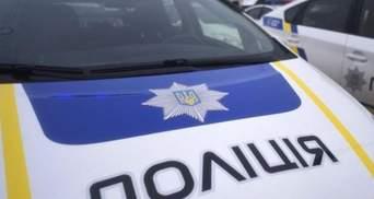Чоловік побив поліцейських у Одесі: одного з них вкусив
