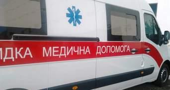 У Слов'янську агресивна жінка побила фельдшера: вимагала зробити тест на COVID-19