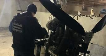 Пограничники отобрали дельтаплан у табачных контрабандистов: видео