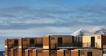 Відпочинок в контейнерах: французький дизайнер створив готель для кочівників – фото