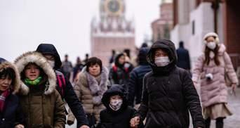 В російських лікарнях масово звільняються лікарі через примусову вакцинацію проти COVID-19