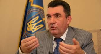 Данилов призвал местные советы срочно провести сессии из-за COVID-19