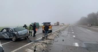 На трасі Київ – Одеса сталася автотроща: є загиблі – фото