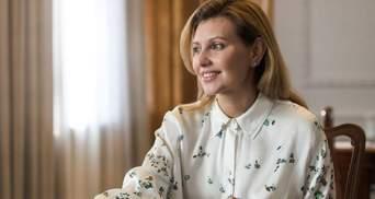 В темно-синем костюме: Елена Зеленская покорила изысканным образом – фото