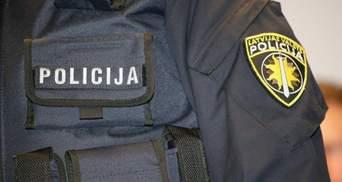 Працювали на заборонені російські ЗМІ: в Латвії затримали журналістів