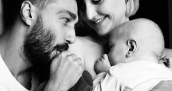 Вера Кекелия снялась в невероятной фотосессии с мужем и сыном: чувственные кадры