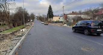 Улицу Лычаковскую во Львове открыли для проезда: фото