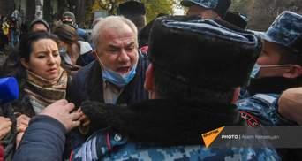Демонстранти – проти Пашиняна: десятки затриманих на акціях протесту у Вірменії – відео