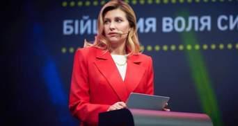 В коричневом пиджаке: Елена Зеленская покорила элегантным образом – фото