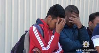 10 тисяч євро з людини: поліція затримала зловмисників, які допомагали мігрантам потрапити в ЄС