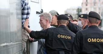 Количество неспешно растет: правозащитники рассказали, сколько политзаключенных в Беларуси