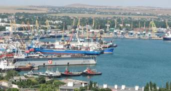 Заходили в оккупированный Крым: Украина наложила арест на более 30 судов