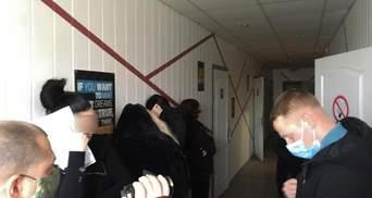 В Николаеве накрыли порностудию, где работали 15 девушек: фото, видео