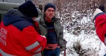 Погрожували розчавити: на Львівщині екоактивіста прив'язали до лісовоза та побили – фото