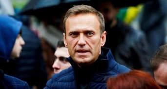 """Мы медицинские издания не читаем, – в Кремле """"не видели"""" публикацию врачей """"Шарите"""" о Навальном"""